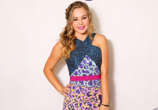 Brec Bassinger Age, Feet, Parents, Boyfriend, Family, Wiki, Bio