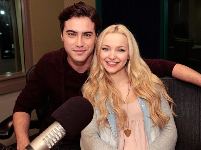 Dove Cameron And Her Real Family, Twin, Sister, Best Friend, Kids