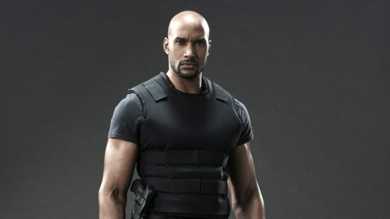 Henry Simmons Wife, Twin Sister, Height, Bio, Body Measurements