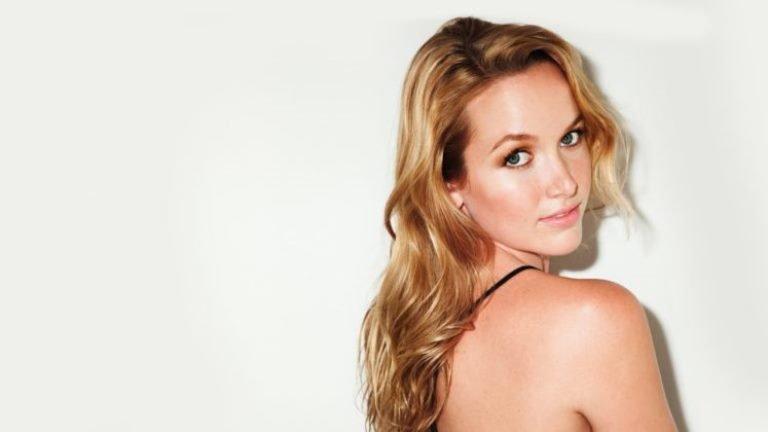 Kelley Jakle Bio, Wiki, Dating, Boyfriend, Height, Body Measurements