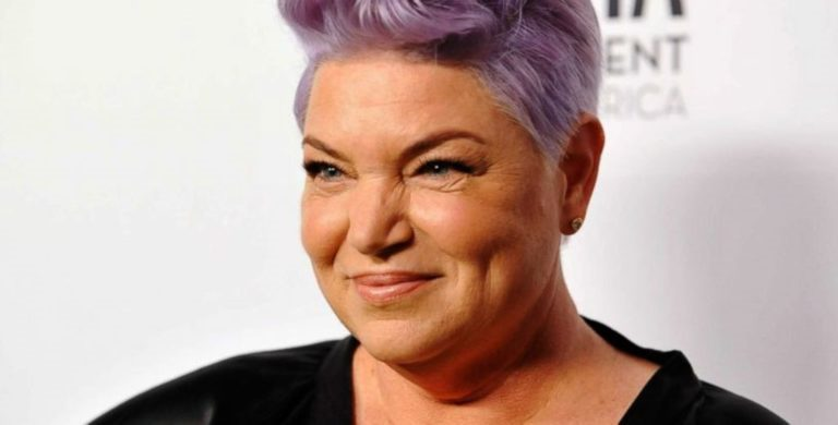 Mindy Cohn Bio, Net Worth, Married With Husband, Gay Or Lesbian?