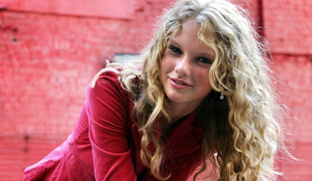 Taylor Swift Age, Eyes, Without Makeup And Other Facts