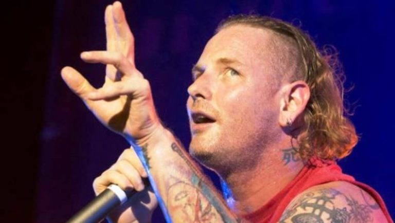 Corey Taylor Wife And Kids, Height, Age, What Happened To His Neck?