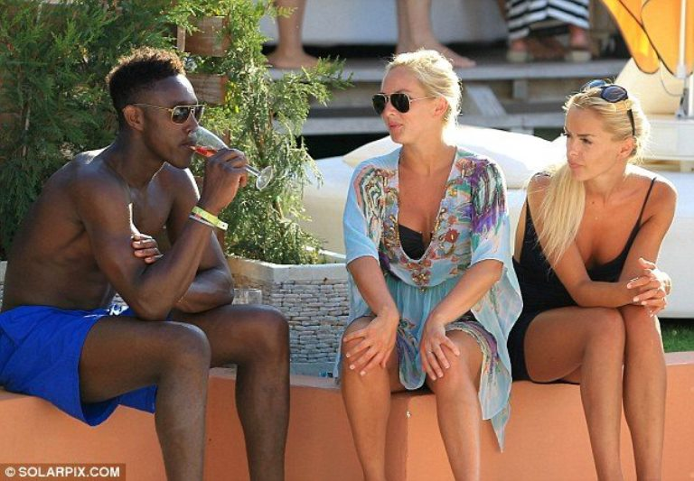 Danny Welbeck Biography, Height, Weight, Girlfriend, Other Facts