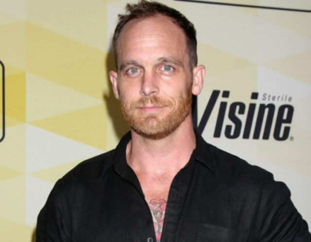 Ethan Embry Wife, Body Measurements, Net Worth, Bio, Is He Gay?