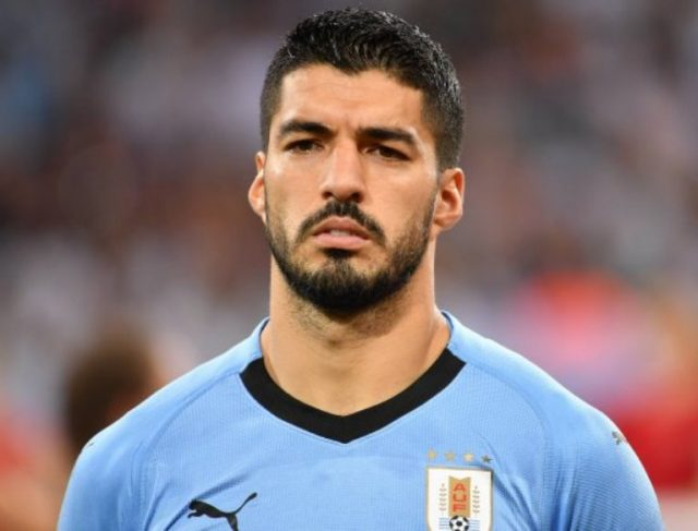 Luis Suarez Wife, Brothers, Age, Teeth, Net Worth, Height, Weight