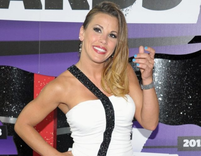Mickie James (Wrestler) Bio, WWE Career, Age, Height and Other Facts