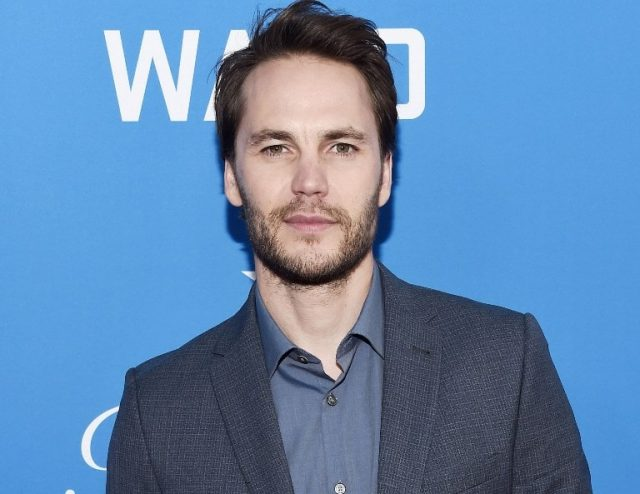 Taylor Kitsch Wife, Dating, Girlfriend, Height, Gay, Body Measurements