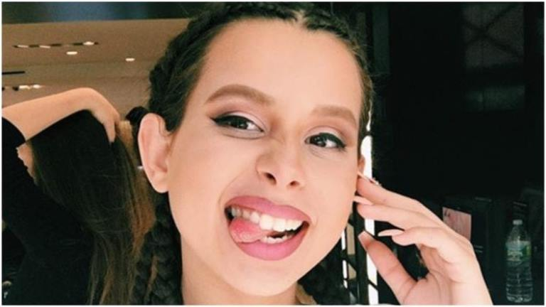 Theylovearii (Ariana Renee) Biography, Age, Height And Family Life