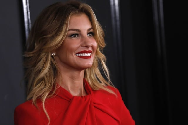 Faith Hill Wiki, Net Worth, Daughters, Husband and Family Life