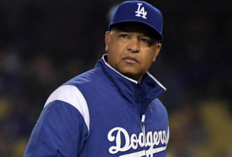 Dave Roberts Wife, Parents, Son, Family, MLB Coaching Career