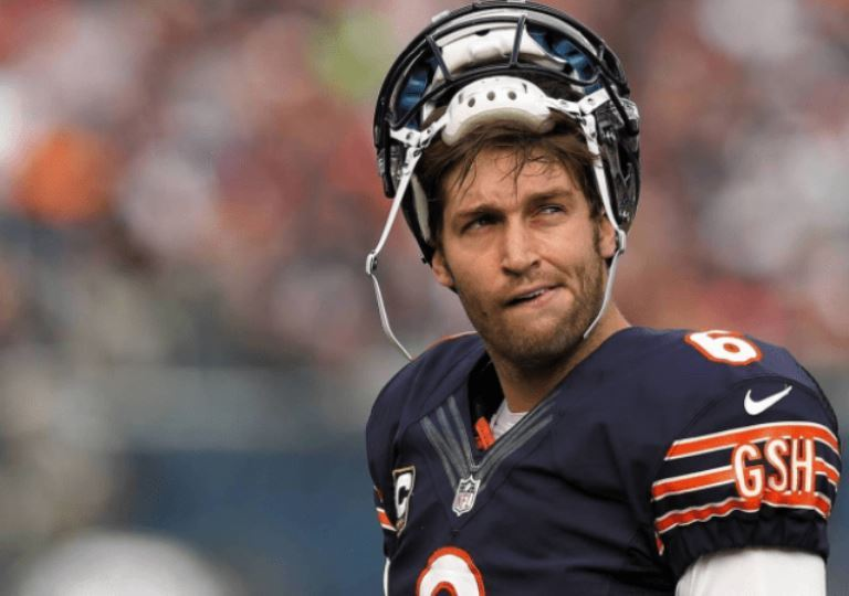 Jay Cutler of NFL Bio, Wife, Career Stats, Net Worth and Salary