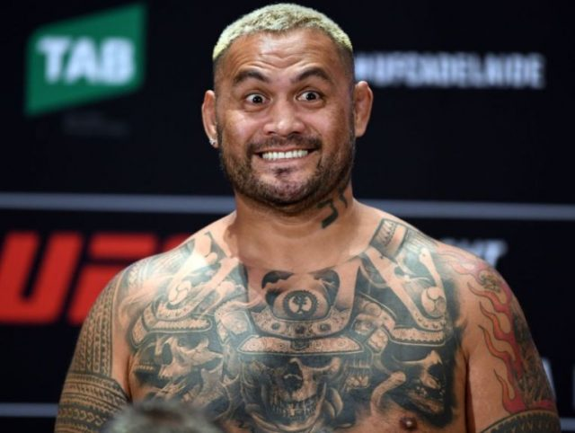 Mark Hunt Daughter, Wife, Family, Height, Weight, Measurements