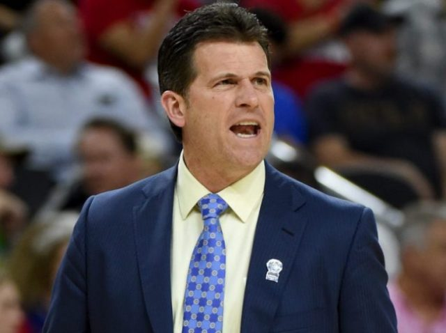 Steve Alford Bio, Wife, Son, Family, Salary, His Coaching Career