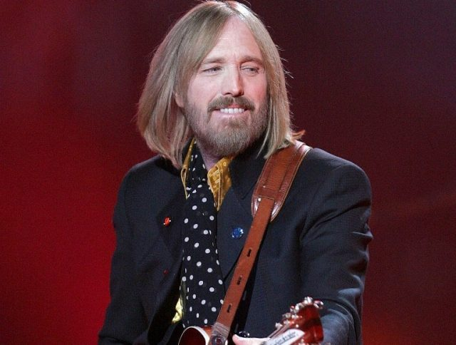 Tom Petty Wife, Daughters, Family, Biography, Cause of Death