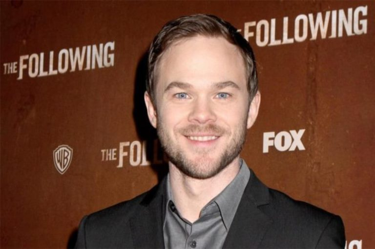 Is Shawn Ashmore Gay or Married to a Wife? His Brother, Height