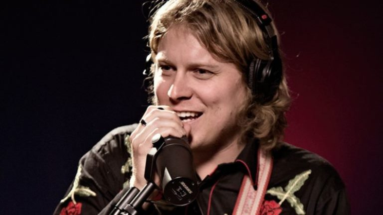 Ty Segall – Bio, Girlfriend, Wiki, Wife, Facts About The Instrumentalist